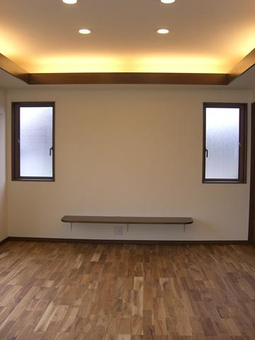 大型薄型テレビも置ける棚